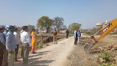 Photo of वाराणसी थाना-सारनाथ विकास प्राधिकरण संयुक्त प्रवर्तन टीम द्वारा अवैध प्लाटिंग के विरुद्ध किया गया ध्वस्तिकरण ।      ( ब्यूरो पंकज झां की खास रिपोर्ट )
