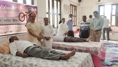 Photo of उत्तर प्रदेश जिला फिरोजाबाद ब्रह्माकुमारी ईश्वरी विवि पर हुआ रक्तदान शिविर का आयोजन इस अवसर पर 25 भाइयों ने उत्साह एवं स्वेच्छा के साथ किया रक्तदान |        ( ब्यूरो प्रमुख सन्नेश कुमार गुप्ता के साथ राजेश शर्मा की खास रिपोर्ट )